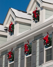 Christmas Decorating Ideas for outside your home.