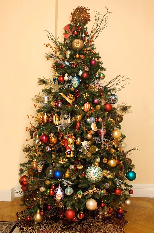 Tips On Decorating Christmas Tree