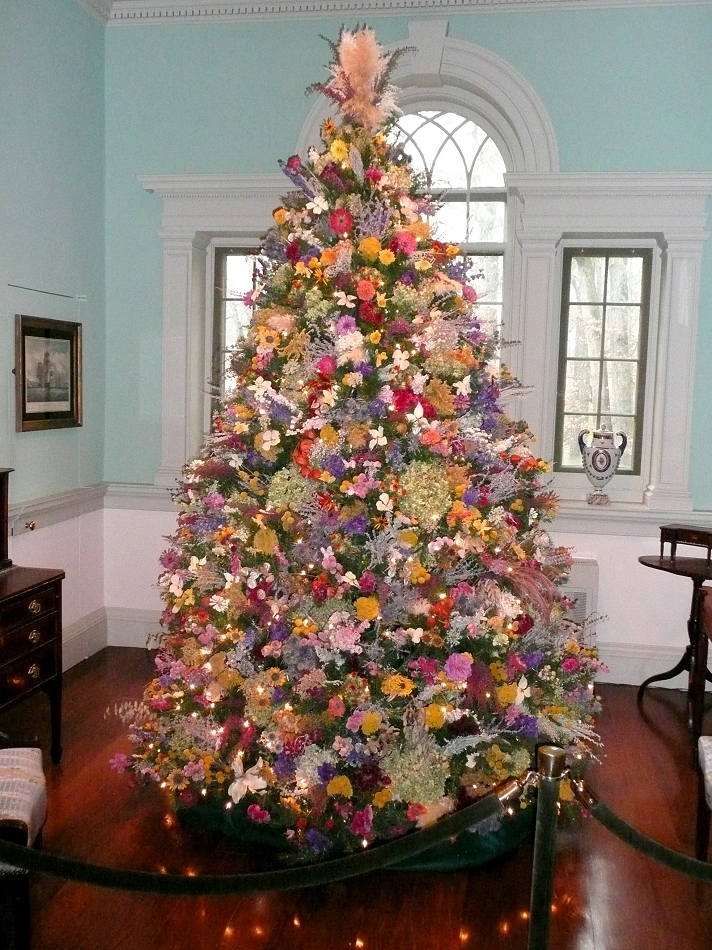 decorating christmas trees dried flower tree - Christmas Tree Flower Decorations