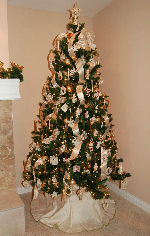 Christmas Trees With Garland