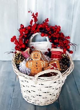 Altogetherchristmas gift basket themes gift basket ideas negle Images