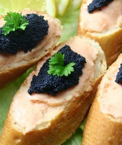 Recipes caviar canapes for Canape with caviar